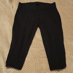 Torrid Capri leggings